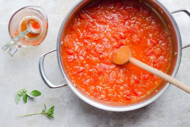 um-doce-dia-receita-10-minutos-para-ter-um-molho-de-tomate-fresco-02