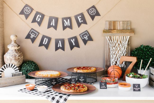 um-doce-dia-decoracao-masculina-pizza-e-basketball-01