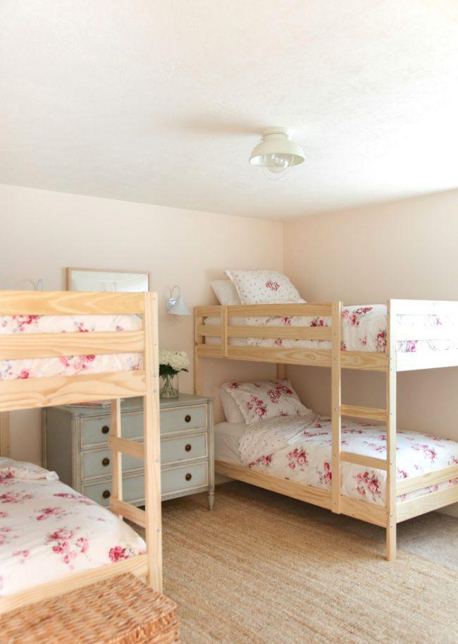 um-doce-dia-decoracao-quartos-para-dividir-meninas-do-campo-07