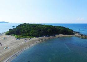 館山市では沖ノ島のガバメントクラウドファンディングを行っています!