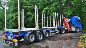 preprava-dlouheho-dreva_NPK-39_off-road-promo32
