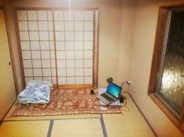 bed+windows
