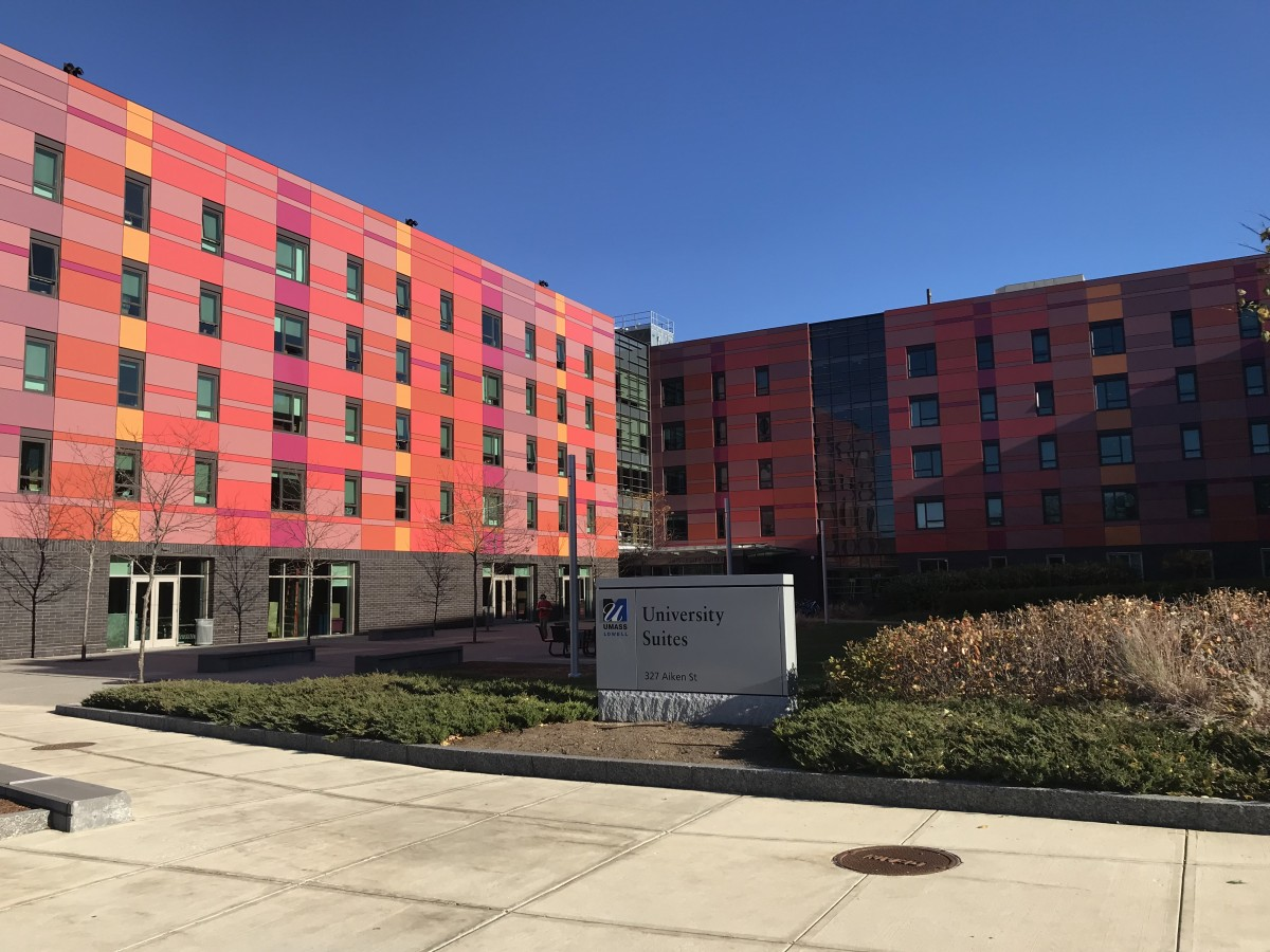 Campus living series honors living in university suites for Campus suite franchise