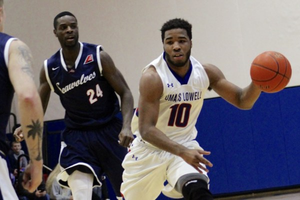 River Hawks' comeback attempt falls short against Seawolves
