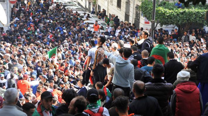 الجزائر عام 2030: توقعات رسمية بارتفاع تعداد السكان إلى 51 مليون
