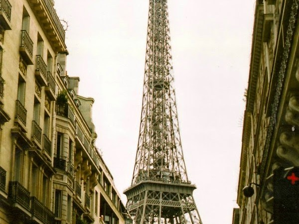 ONE DAY, WE'RE GONNA LIVE IN PARIS. #3