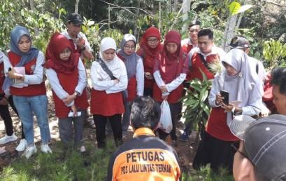 S2 Pendidikan Biologi UM Metro Eksplor Objek Penelitian di Lampung Barat
