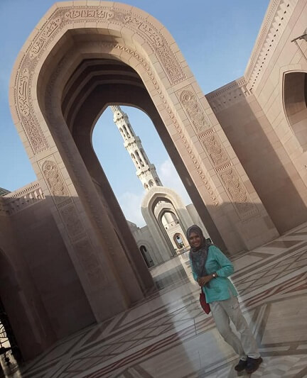 Sultan Qaboos Grand Mosque dress code | Ummi Goes Where?