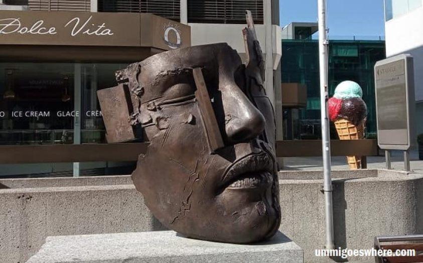 Art sculpture in Vaduz | Ummi Goes Where?