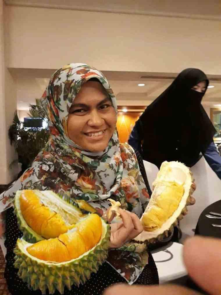 Iftar ramadhab dengan durian