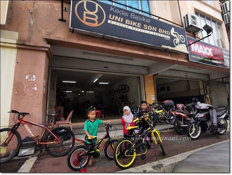 basikal baru buat anak happy