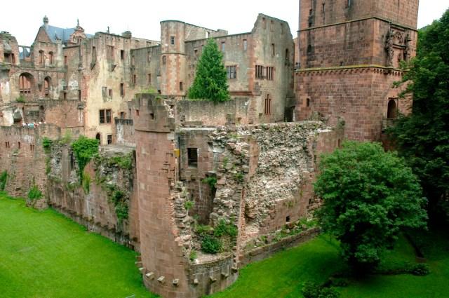 Parte do Castelo de Heidelberg está em ruínas