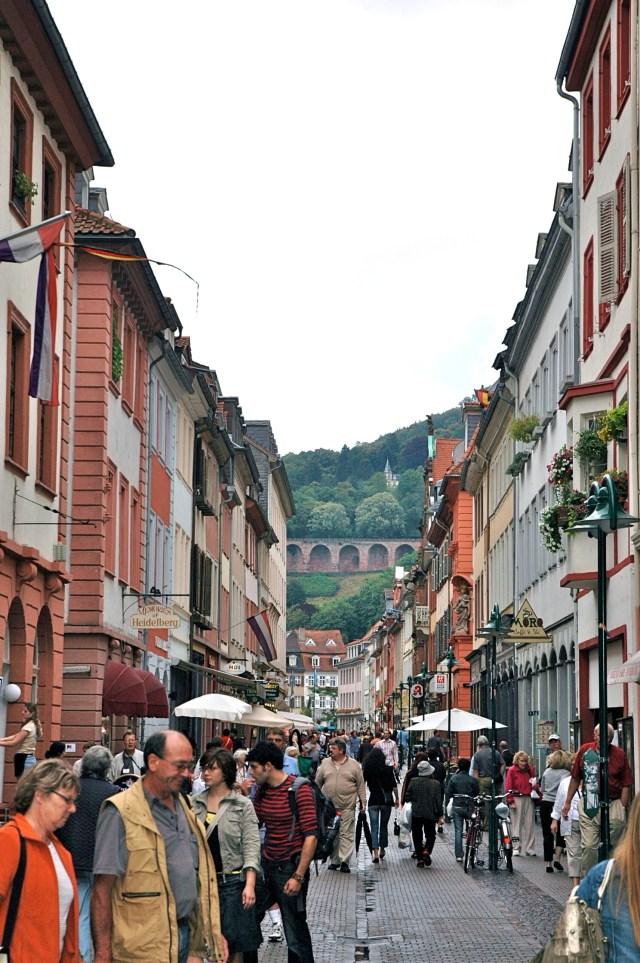 3 milhões de turistas visitam a cidade todos os anos.