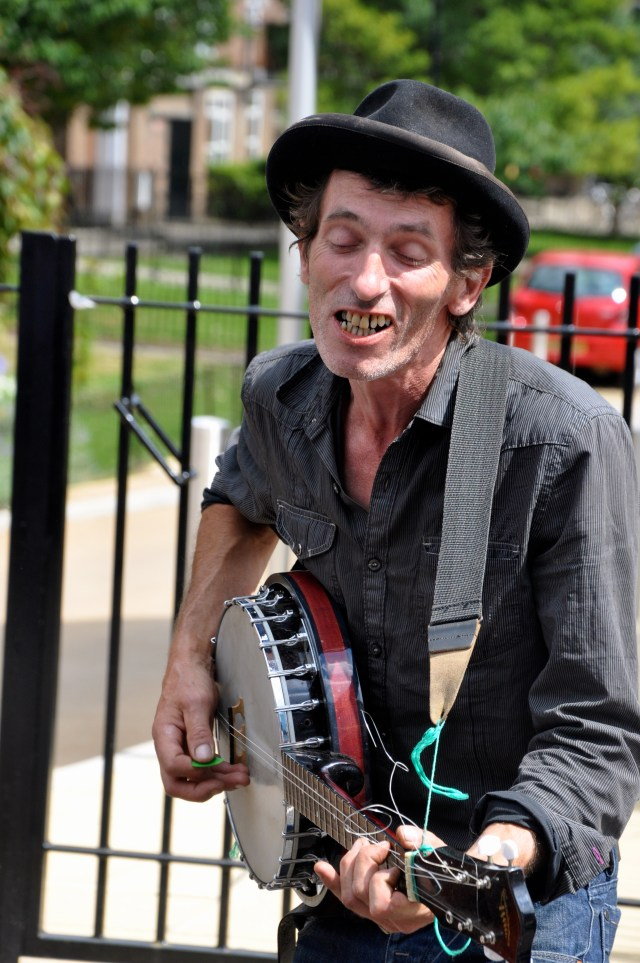 Artista de rua na Portobello Road