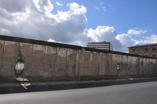 Pedaço ainda intacto do Muro de Berlim