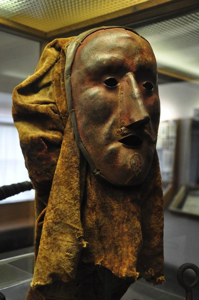 Máscara medieval no Museu da Tortura de Rotemburgo