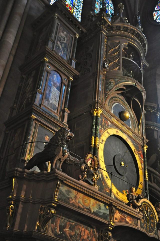 O Horloge Astronomique - o relógio astronômico da Catedral de Estrasburgo.