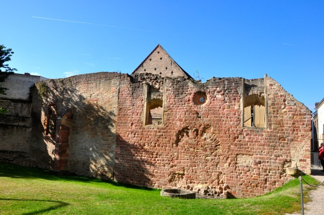 As ruínas da antiga Sinagoga judaica.