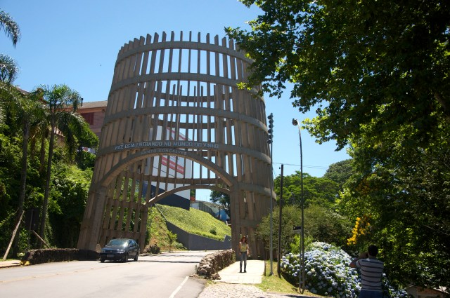 Pórtico de entrada em Bento Gonçalves.