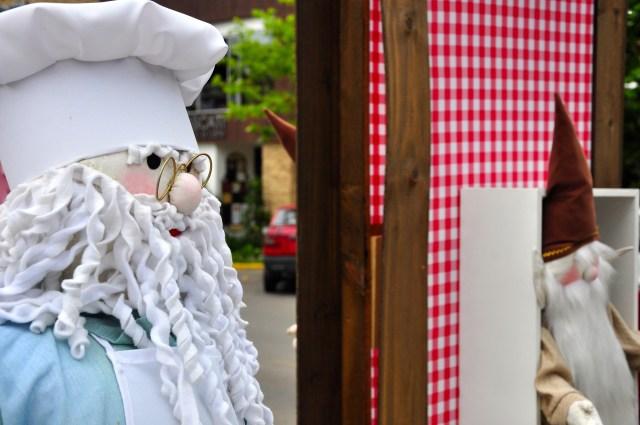 Bonecos de papel. Uma tradição de Canela.