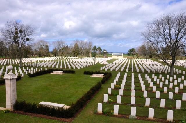 O Cemitério Canadense da Normandia.