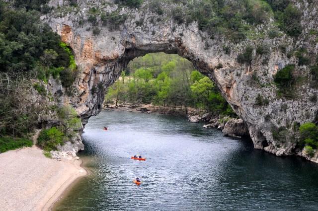 A região possui um turismo de verão intenso.