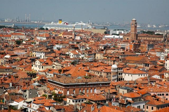Veneza, aqui não entram carros.