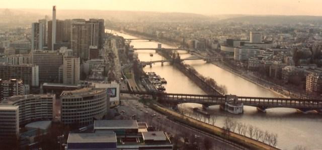 Rio Sena visto do alto da Torre Eiffel