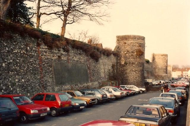 As muralhas romanas de Cantebury