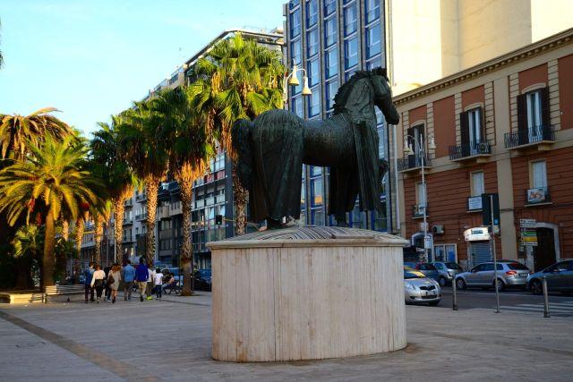Escultura em Bari.