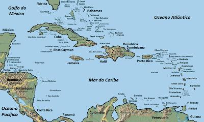 O arquipélago das Antilhas dividido em Grandes Antilhas e Pequenas Antilhas.