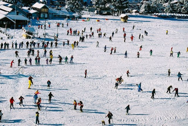 O Cerro Catedral é a maior estação de esqui da América do Sul.
