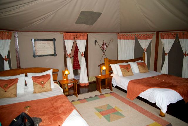 O interior da tenda do Tipilikwani Mara Camp