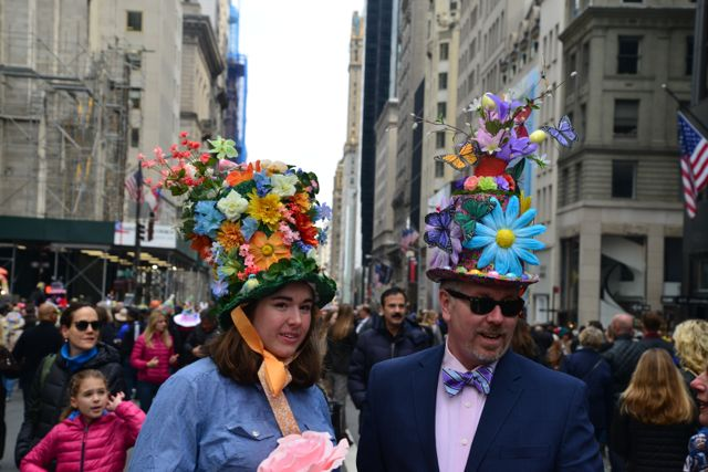A criatividade nos chapéus.