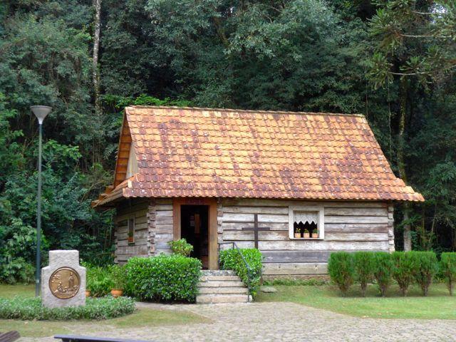 Casa de madeira dos colonos poloneses