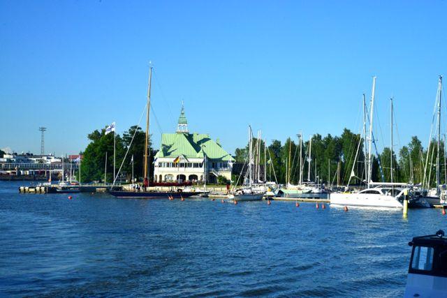 O Mar Báltico domina o país.