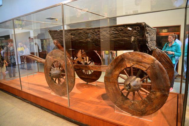 Objeto encontrado junto com os barcos vikings