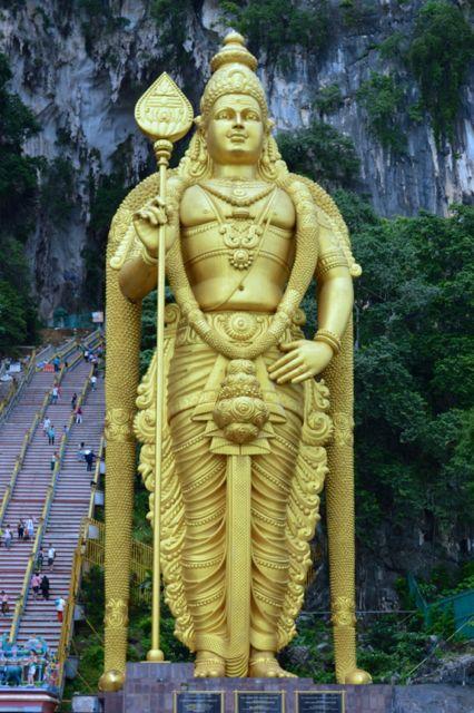 A estatua do deus Hindu Murugan