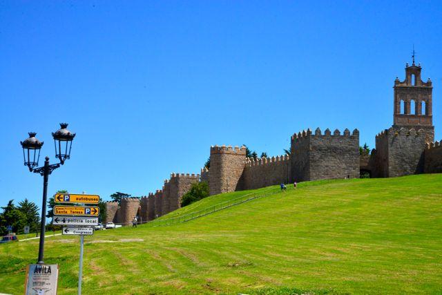 Decidimos ir a Ávila.