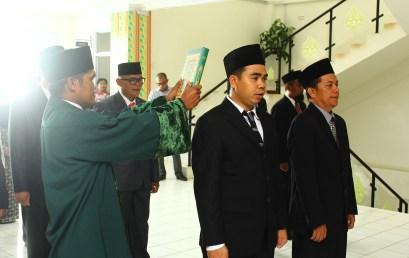 Rektor Lantik Dekan FISIP, Kepala LP3M dan Sejumlah Pejabat di Lingkungan UMRAH