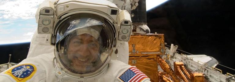 Röportaj: Hubble'ın servis misyonunu yapan astronot Mike Massimino