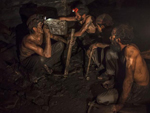 indian coal mine workers
