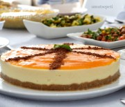 Pratik Salatalı ve 3 Dakikada Cheesecake'li Sofra :)