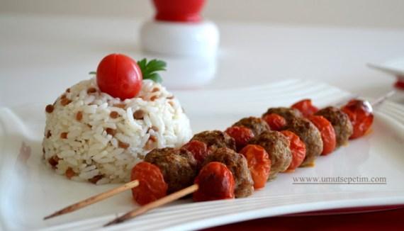 oktay usta köfte tarifleri,köfte yemekleri,köfte nasıl yapılır