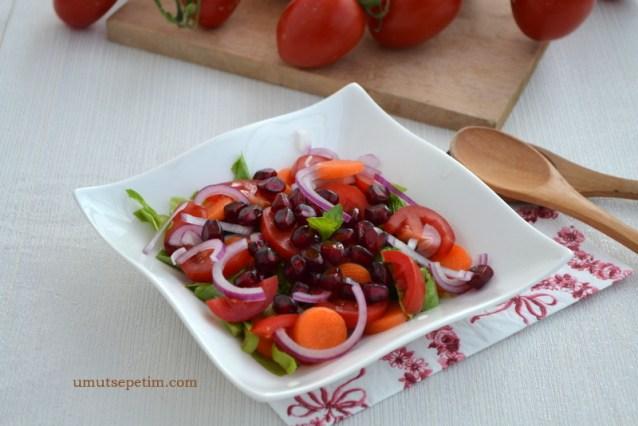 Narlı Mevsim Salatası