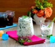 Salatalıklı  Semizotu  Salatası  Tarifi