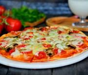 Fırında  Lavaş  Pizza Tarifi ( Videolu  Tarif )