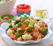 Karnabahar ve  Brokoli  Salatası
