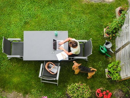 Écrire dans son jardin