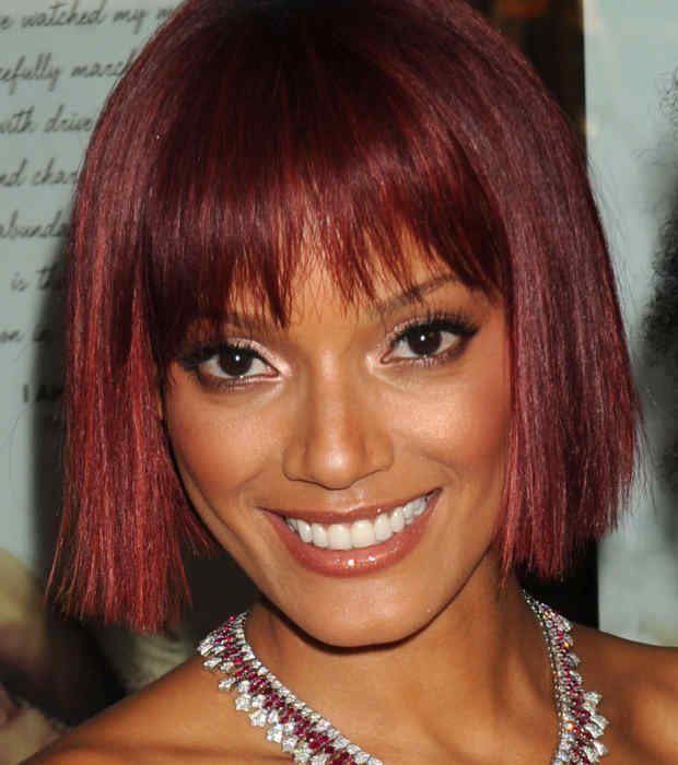 selita_banks_red_hair_bob_2